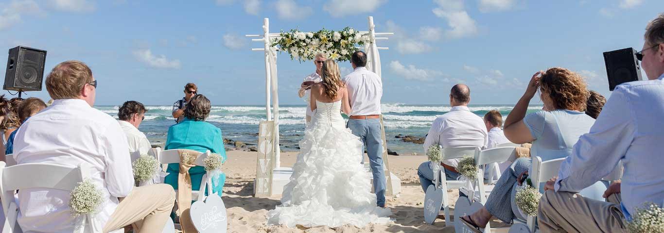 Wild coast beach wedding venue morgan bay hotel for Beach wedding venues east coast